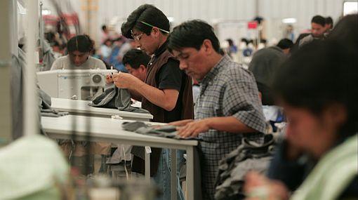 Segundo aumento del salario mínimo puede afectar a mypes, asegura ministro de Trabajo