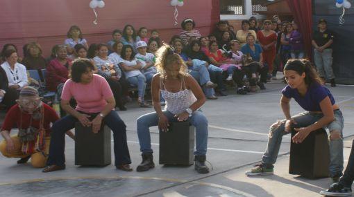 Eva Bracamonte celebró el Día de la Canción Criolla en Penal de Mujeres