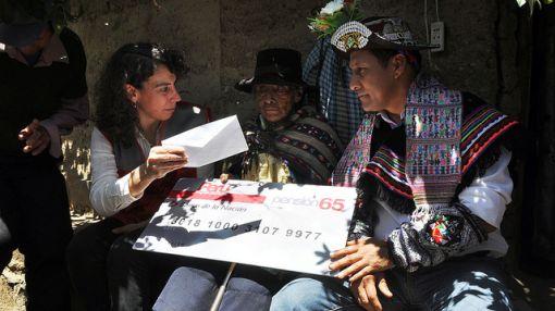"""Humala lanzó Pensión 65: """"Nuestros adultos mayores no serán vistos como una carga en la familia"""""""