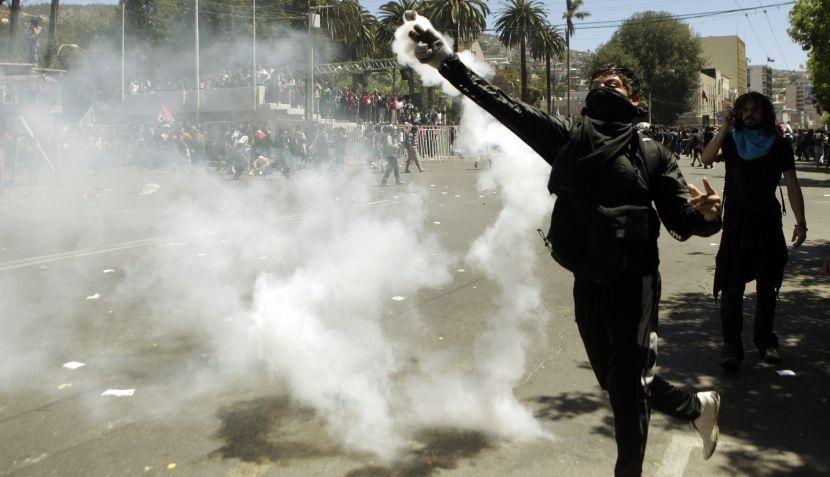 FOTOS: estudiantes chilenos volvieron a reclamar por educación gratuita