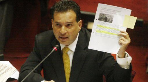 Caso Chehade: fiscalía levantó secreto de comunicación del vicepresidente