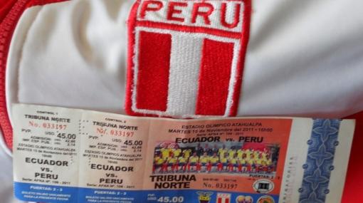 Perú y Ecuador chocarán en un estadio cargado de gente y expectativas