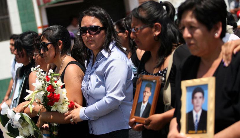 Las víctimas del Santa fueron enterradas en un emotivo funeral