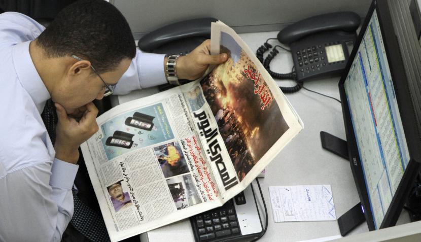 Policías y manifestantes en El Cairo chocaron por segundo día consecutivo