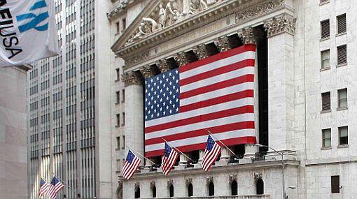 Economía de Estados Unidos creció menos de lo previsto en primer trimestre