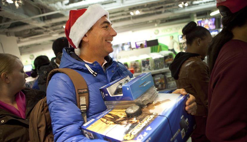 FOTOS: los estadounidenses madrugaron en busca de las mejores ofertas navideñas