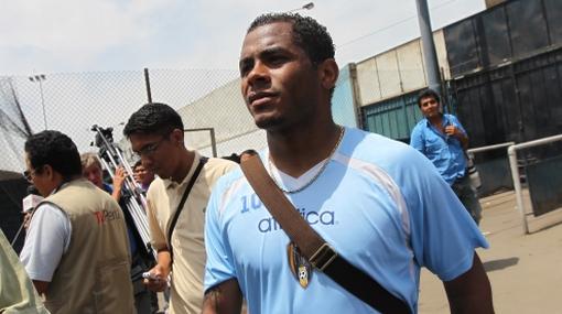 Wilmer Aguirre es anunciado como nuevo refuerzo de Alianza Lima