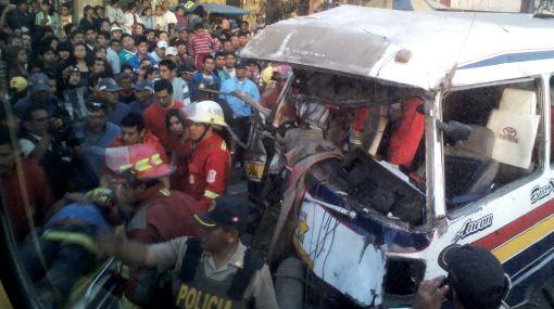 Quince heridos en accidente de tránsito en la Vía de Evitamiento