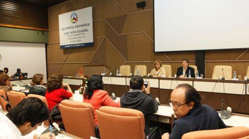 """Cuba llama a la """"ciberdefensa activa"""" en la red y la """"blogósfera"""""""
