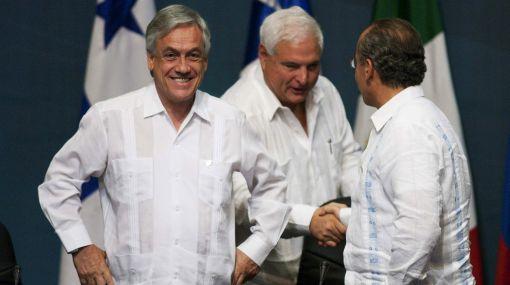 Sebastián Piñera criticado por chiste machista en cumbre de México