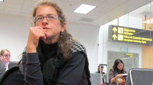 Lori Berenson ironizó sobre su obligado regreso al Perú