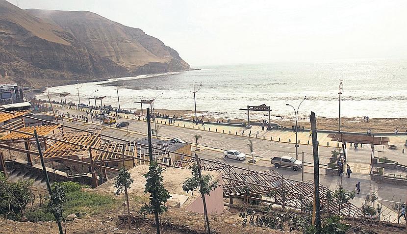 El balneario de La Herradura vuelve a brillar con nuevo malecón