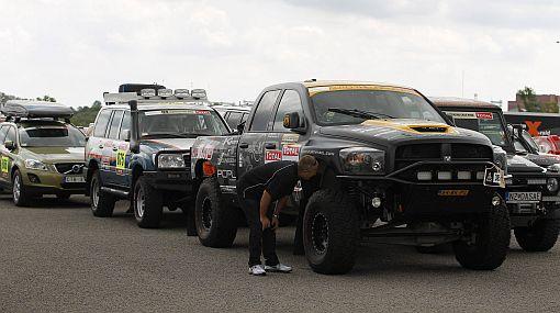 Dakar 2012: 680 vehículos europeos ya están en Argentina