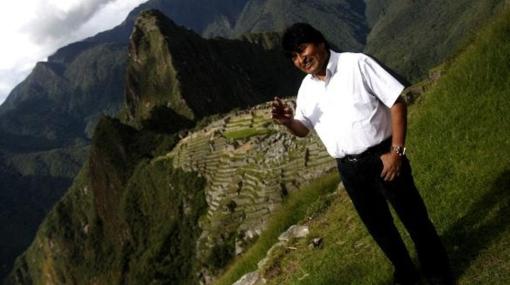 Evo Morales trepó el Huayna Picchu en tiempo récord para celebrar Navidad