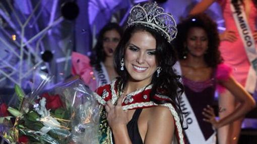Miss Brasil 2010 está entre la vida y la muerte tras accidente automovilístico