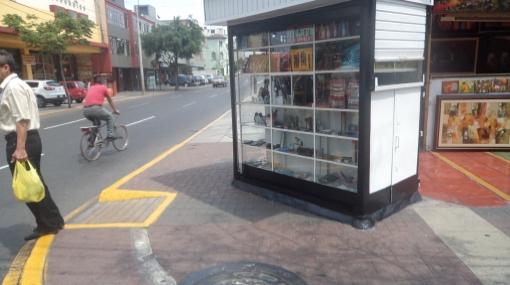 Kiosco en Miraflores no es retirado por proceso judicial con su dueña