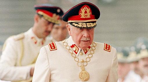 """Eliminación del término """"dictadura"""" para referirse al gobierno de Pinochet será revisada"""