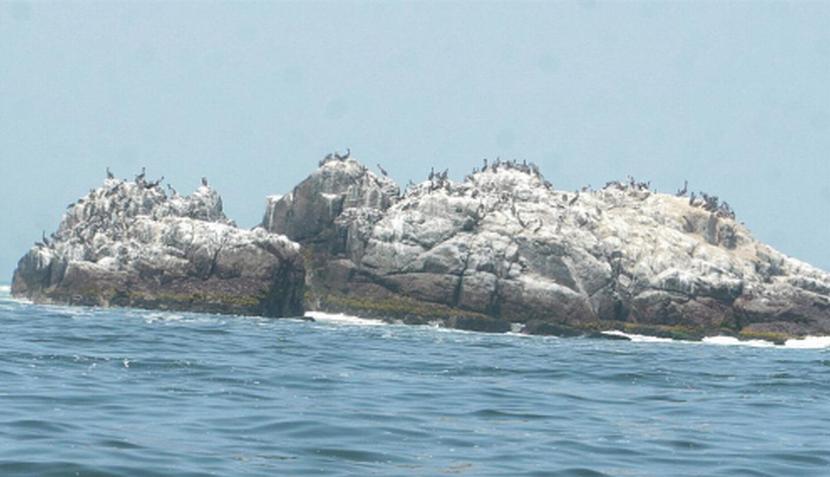 Ancón tiene un embarcadero para hacer turismo hacia las islas cercanas