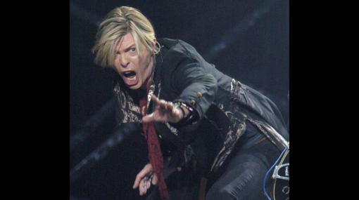 David Bowie cumple 65 años y lo pasa entregado a su familia