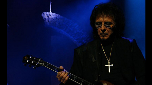 Guitarrista de Black Sabbath tiene cáncer