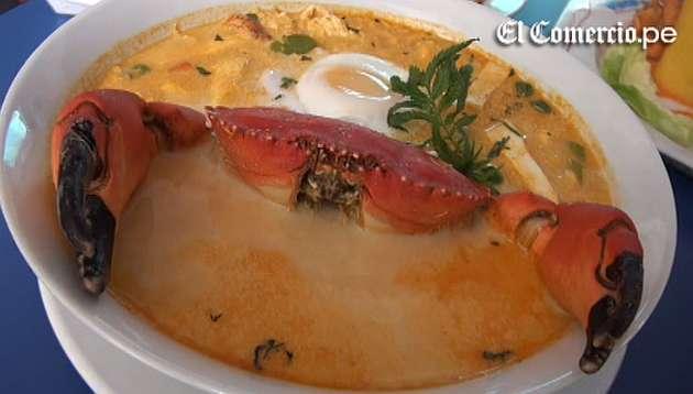 Aprende a preparar un chupe de cangrejo y una causa de langostinos