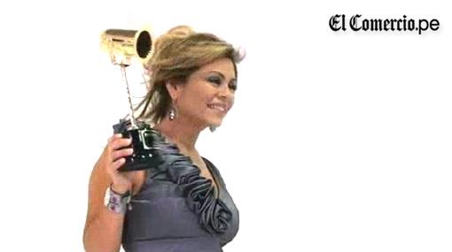 VIDEO: Así vivieron los famosos la entrega del Premio Luces 2011