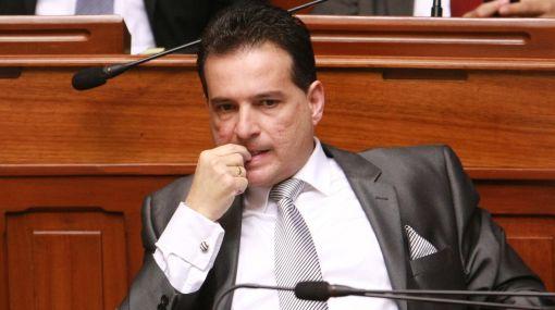 La suerte de Omar Chehade se decide hoy en el Congreso