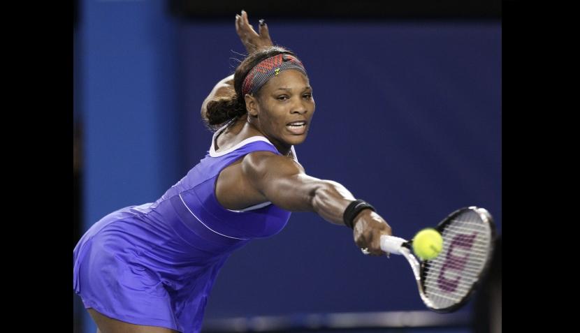 Serena Williams lució un curioso parche en su primer triunfo en el Abierto de Australia