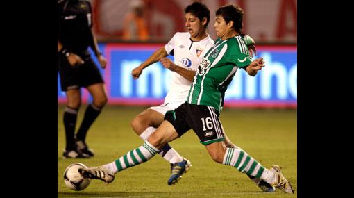 Fano debutó y el Atlético Nacional cayó 3-1 ante LDU