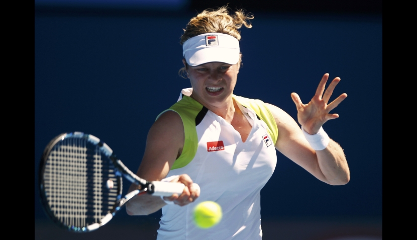 "Abierto de Australia: una Kim Clijsters ""de hierro"" chocará ante Caroline Wozniacki"