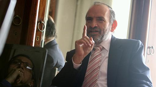 """Simon: """"Ni PPK ni nadie me pone condiciones para seguir en alianza"""""""