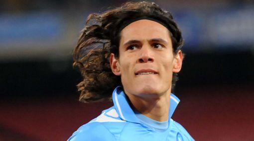 Cavani anotó doblete y llevó al Napoli a la semifinal de la Copa Italia