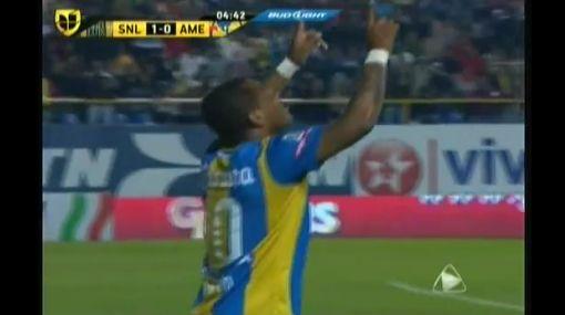 Wilmer Aguirre anotó, pero no pudo evitar la derrota del San Luis