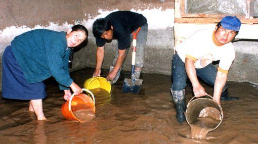 Lluvias en Huanta dejan seis casas afectadas y una colapsada