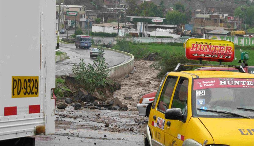Arequipa: lluvia torrencial causa inundaciones en la ciudad