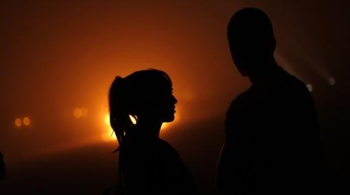 San Valentín en Jamaica: nueve parejas de turistas se casaron desnudas