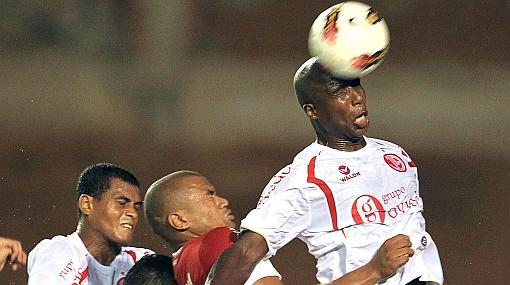 Juan Aurich ganaría los tres puntos del partido ante Inter de Porto Alegre
