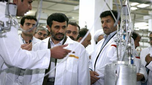 Provocación a EE.UU.: Irán inauguró tres nuevas plantas nucleares
