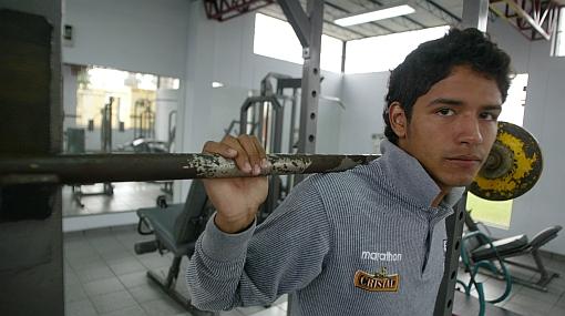 """Manco está advertido: """"Le haremos callejón oscuro"""", dijo Juan Flores"""