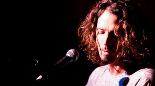 Chris Cornell le rindió tributo a Whitney Houston