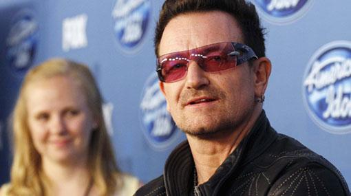 Confirmado: Bono llegó esta noche a Lima acompañado de su familia
