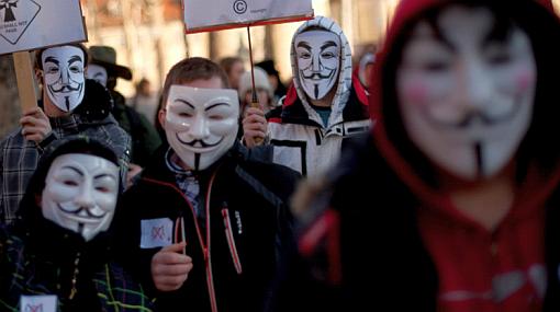 Cuatro integrantes de Anonymous fueron detenidos en España