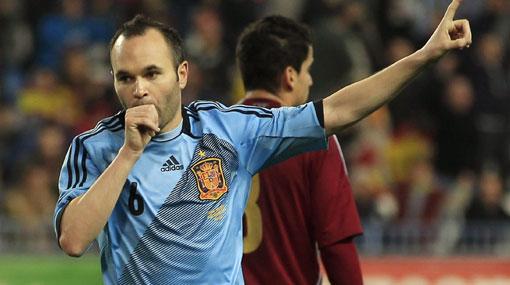 España goleó 5-0 a Venezuela con un 'hat trick' de Soldado