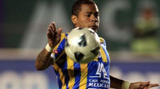 'Zorrito' Aguirre marcó frente al Santos pero su equipo cayó goleado