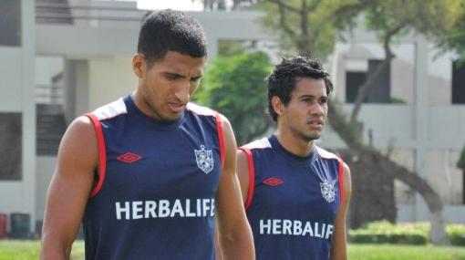 """Markarián ofrece """"mantener en actividad"""" a jugadores de San Martín"""