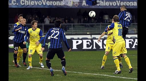 Cruzado vio desde el banco derrota 2-0 de Chievo a manos del Inter