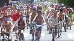 Más de 500 ciclistas recorrieron semidesnudos calles de Lima - Noticias de ciclonudista lima