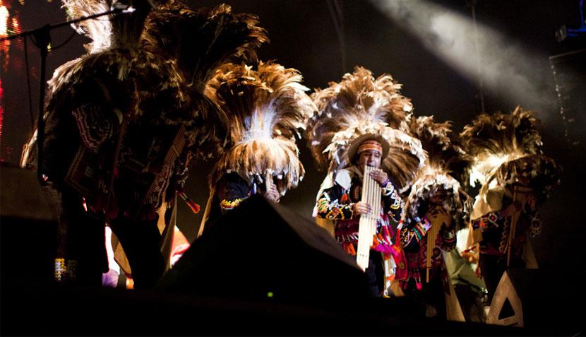 Manu Chao movió a un océano de gente en el cierre del Festival de los 7 Mares