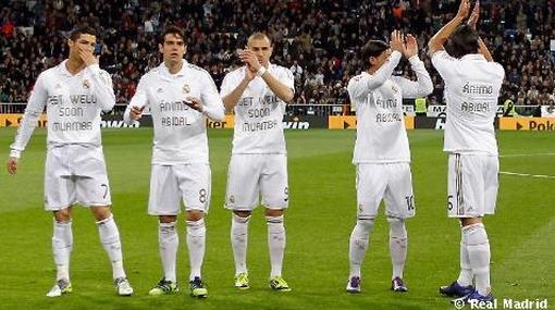 Los Jugadores Del Real Madrid Saltaron Al C Sped Santiago