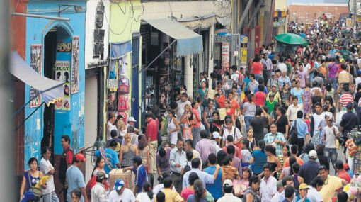 Mesa Redonda tiene 15.000 comerciantes cuando solo debería haber 9.000